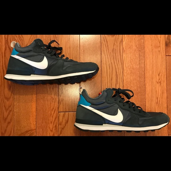 1ef56abff08 Nike Internationalist Mid blue graphite mens sz 13.  M 5be4afd703087c691bdd3149
